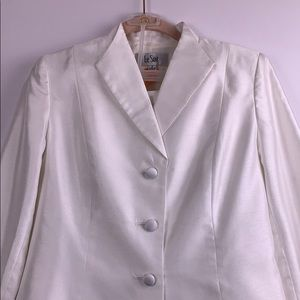 Le Suit White Skirt Suit for Church/Wedding-Size 6